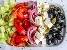 Легкие салаты без майонеза: ТОП-7 рецептов