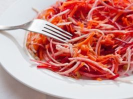 САЛАТ «ТОНКАЯ ТАЛИЯ»: на 100 грамм блюда ВСЕГО 38 ккал